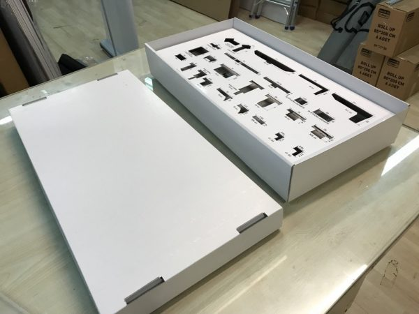 karton-stand-masaustu-01